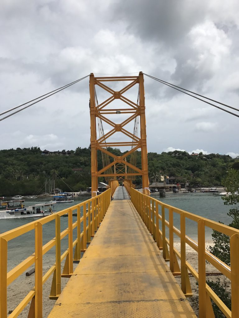The bridge to Nusa Ceningan